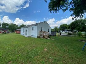 SELLING ABSOLUTE - Online Estate Auction featuring 3 BR Home in Greenhill Subdivision at 1602 Idlewood Drive featured photo 7