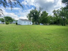 SELLING ABSOLUTE - Online Estate Auction featuring 3 BR Home in Greenhill Subdivision at 1602 Idlewood Drive featured photo 5