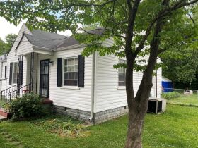 SELLING ABSOLUTE - Online Estate Auction featuring 2 BR Home in Downtown Murfreesboro at 411 4th Avenue featured photo 3