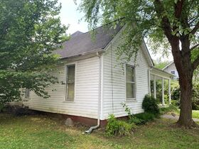 SELLING ABSOLUTE - Online Estate Auction featuring 3 BR Home in Downtown Murfreesboro at 838 N. Spring St featured photo 5