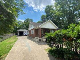 SELLING ABSOLUTE - Online Estate Auction featuring 4 BR, 3 BA Home in Downtown Murfreesboro at 834 N. Spring St featured photo 2