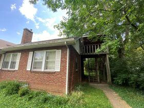 SELLING ABSOLUTE - Online Estate Auction featuring 4 BR, 3 BA Home in Downtown Murfreesboro at 834 N. Spring St featured photo 5