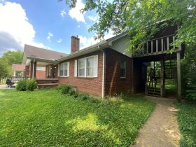 SELLING ABSOLUTE - Online Estate Auction featuring 4 BR, 3 BA Home in Downtown Murfreesboro at 834 N. Spring St featured photo 6