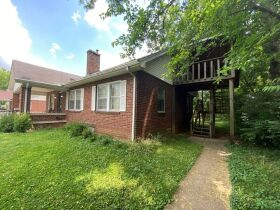 SELLING ABSOLUTE - Online Estate Auction featuring 4 BR, 3 BA Home in Downtown Murfreesboro at 834 N. Spring St featured photo 7