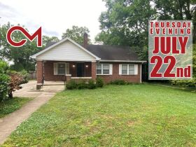 SELLING ABSOLUTE - Online Estate Auction featuring 4 BR, 3 BA Home in Downtown Murfreesboro at 834 N. Spring St featured photo 1