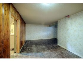 3 Bedroom Kansas City Real Estate Auction featured photo 11