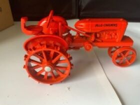 THE BILL HOLT ESTATE AUCTION #3, MORE TRACTORS, DIE CAST CARS, VINTAGE METAL COIN BANKS, PRIMITIVE TOOLS, LINCOLN LOGS AND MORE TOYS! featured photo 5