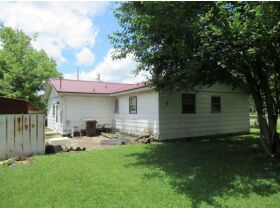 House & Lot in Crab Orchard - Absolute Online Only Auction featured photo 4