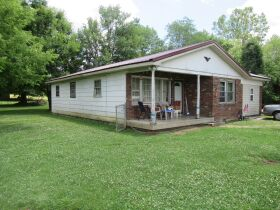 House & Lot in Crab Orchard - Absolute Online Only Auction featured photo 1