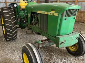 Elliott Estate including John Deere 4000 tractor, farm toys and more! featured photo 2