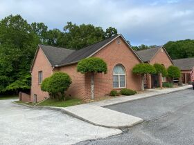 Absolute Online Auction - Condominium and Personal Items Kingston, TN featured photo 4