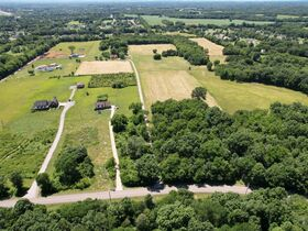 3 BR, 2.5 BA Home on 45+/- ACRES Offered in 3 Tracts 5+/- AC to 25+/- AC Each with Barn, Shop, Open Pasture, Hardwoods - AUCTION in Lascassas, TN featured photo 8