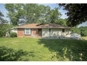 3+/- Acre Country Home In Dearborn Missouri featured photo 3