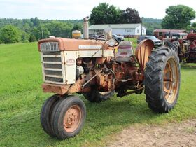TRACTORS - TRAILERS - FARM EQUIPMENT - TOOLS - Online Bidding Ends TUE, JULY 20 @ 4:00 PM EDT featured photo 4