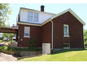 1 ½ STORY BRICK HOME ON LARGE LOT - Online Bidding Only Ends Tues., July 13th @ 3:00 PM CDT featured photo 3