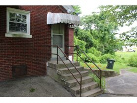 1 ½ STORY BRICK HOME ON LARGE LOT - Online Bidding Only Ends Tues., July 13th @ 3:00 PM CDT featured photo 6