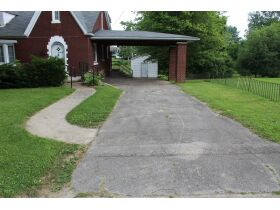 1 ½ STORY BRICK HOME ON LARGE LOT - Online Bidding Only Ends Tues., July 13th @ 3:00 PM CDT featured photo 7