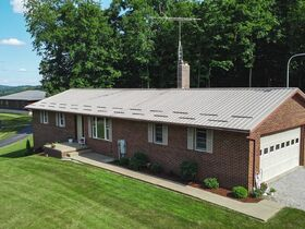Well-Maintained Conveniently Located Home featured photo 4