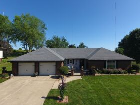 Very nice 3 bedroom home,  One level, located in Country Club, MO. featured photo 1