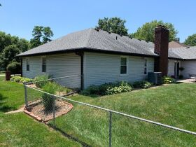Very nice 3 bedroom home,  One level, located in Country Club, MO. featured photo 12