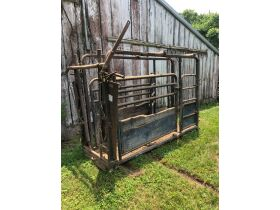 Thomas Estate Auction - Online Only- Tractors, Farm Equipment, Wagons, Plows, Antiques, Tools, Cattle Equipment, etc featured photo 3