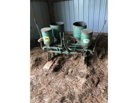 Thomas Estate Auction - Online Only- Tractors, Farm Equipment, Wagons, Plows, Antiques, Tools, Cattle Equipment, etc featured photo 2
