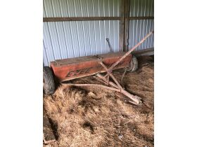 Thomas Estate Auction - Online Only- Tractors, Farm Equipment, Wagons, Plows, Antiques, Tools, Cattle Equipment, etc featured photo 11
