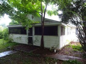 2-STORY HOME - Online Bidding Ends TUESDAY, JULY 27 @ 4:00 PM EDT featured photo 5