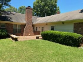 Well Maintained 3 Bedroom Germantown, TN Home featured photo 6