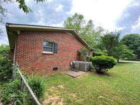 SELLING ABSOLUTE! 3 BR, 3 BA One Level Home on Corner Lot in Northridge Subdivision featured photo 11