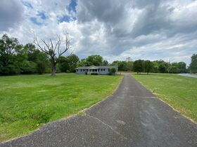 SELLING ABSOLUTE! 3 Bedroom, 2 Bath Brick Ranch Home on 1.6+/- Acre - Estate Auction featured photo 4