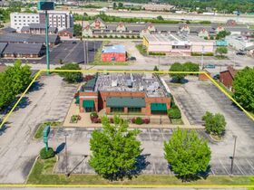 Clarksville Former O'Charley's Restaurant Real Estate Online Auction featured photo 3