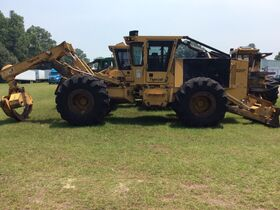 Trucks, Trailers, Loaders, Skid Steers, Tools and Equipment featured photo 4