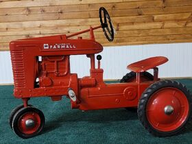 Richard Rath Estate Toy & Pedal Tractor Collection featured photo 3