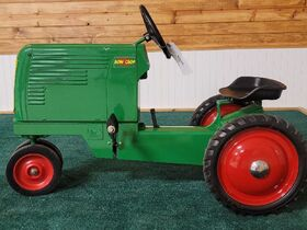 Richard Rath Estate Toy & Pedal Tractor Collection featured photo 4