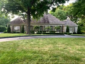 Gorgeous 3 Bed, 2 1/2 Bath French Provincial Home, Sells to High Bidder - Springfield, MO featured photo 4