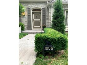 Gorgeous 3 Bed, 2 1/2 Bath French Provincial Home, Sells to High Bidder - Springfield, MO featured photo 3