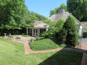 Gorgeous 3 Bed, 2 1/2 Bath French Provincial Home, Sells to High Bidder - Springfield, MO featured photo 9