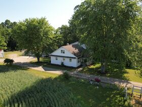 8.69 Acre Hobby Farm – Absolute Auction featured photo 3