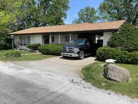 2 BR Real Estate - Petersburg, IL featured photo 1