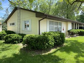 2 BR Real Estate - Petersburg, IL featured photo 3