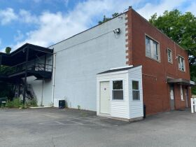 *--*Multi-Level Investment Property Auction  - Aliquippa, PA featured photo 7