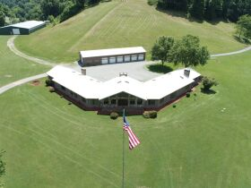 Country Home, Hunters Paradise, 231 Acre Farm featured photo 4