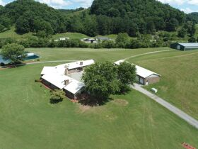 Country Home, Hunters Paradise, 231 Acre Farm featured photo 6