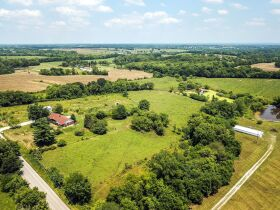 22 +/- Acre Country Home In Liberty Missouri Auction featured photo 5