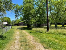 House, Barns & Outbuildings on 25+/- Acres Offered in 3 Tracts - Auction July 31st featured photo 8