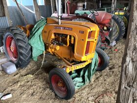 Dunlavy Antique Tractor Collection featured photo 10