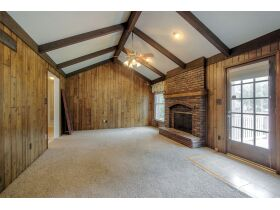 4 Bedroom Blue Springs Missouri Real Estate Auction featured photo 8