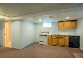 4 Bedroom Blue Springs Missouri Real Estate Auction featured photo 10