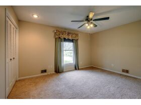 4 Bedroom Blue Springs Missouri Real Estate Auction featured photo 12